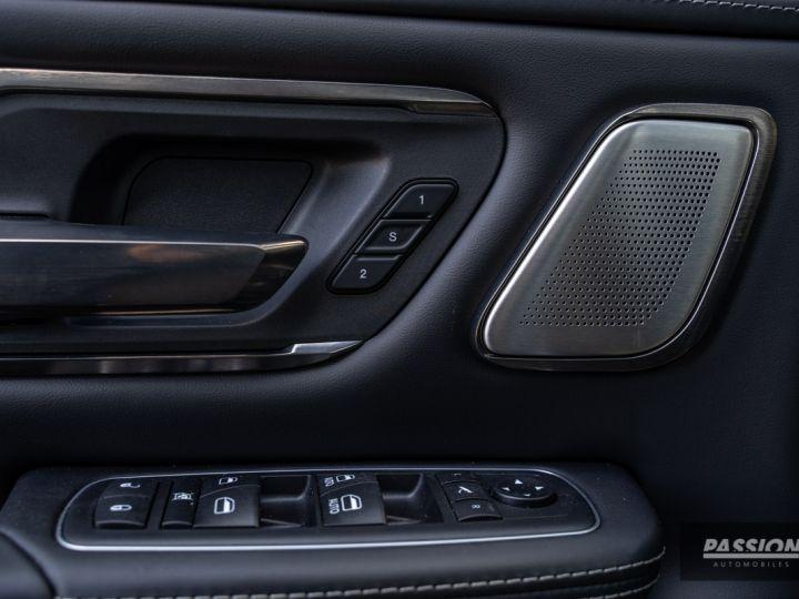 Dodge Ram 2021 Limited Black Edition Diamond Black Crystal Pearl - 21