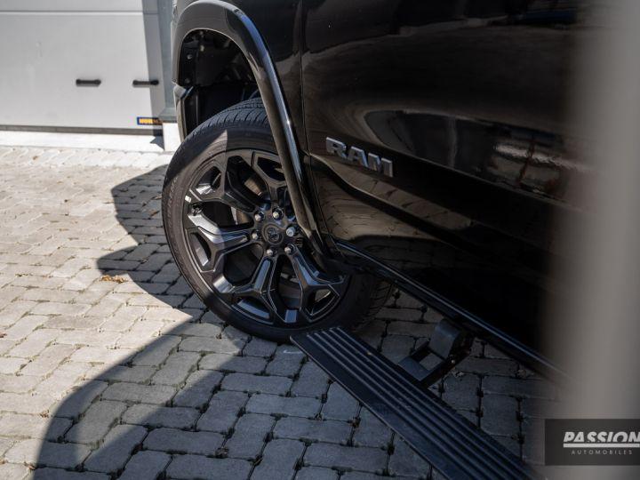 Dodge Ram 2021 Limited Black Edition Diamond Black Crystal Pearl - 37