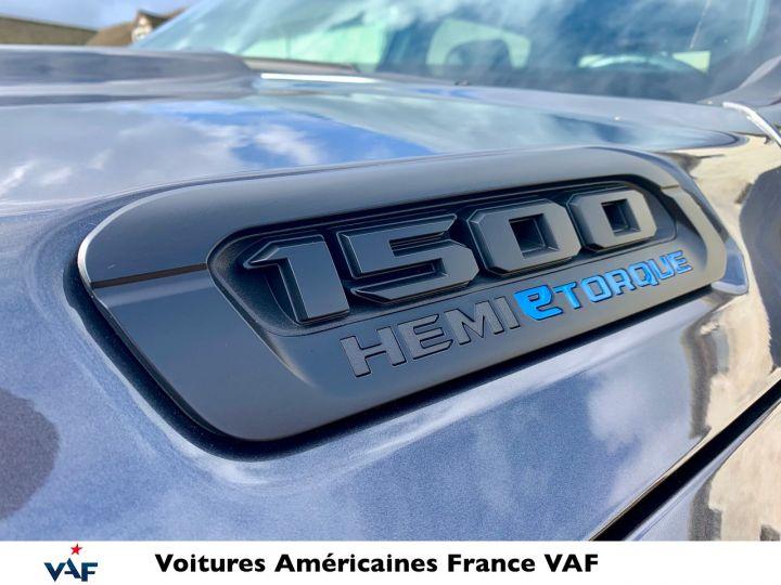 Dodge Ram 2021 Night Edition Hybride 48v Robuste PACK TOUT TERRAIN - PAS D'ÉCOTAXE/ PAS TVS/TVA RECUP EN STOCK Granit Crystal / Pack Night Edition Neuf - 3