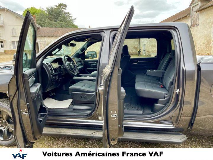 Dodge Ram 2021 Night Edition Hybride 48v Robuste PACK TOUT TERRAIN - PAS D'ÉCOTAXE/ PAS TVS/TVA RECUP EN STOCK Granit Crystal / Pack Night Edition Neuf - 4