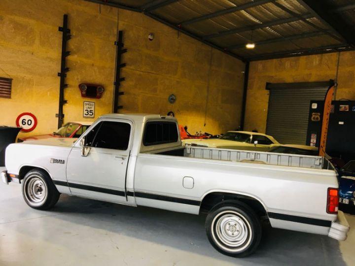 Dodge Ram 5.2 V8 PICK UP EN FRANCE Gris - 4
