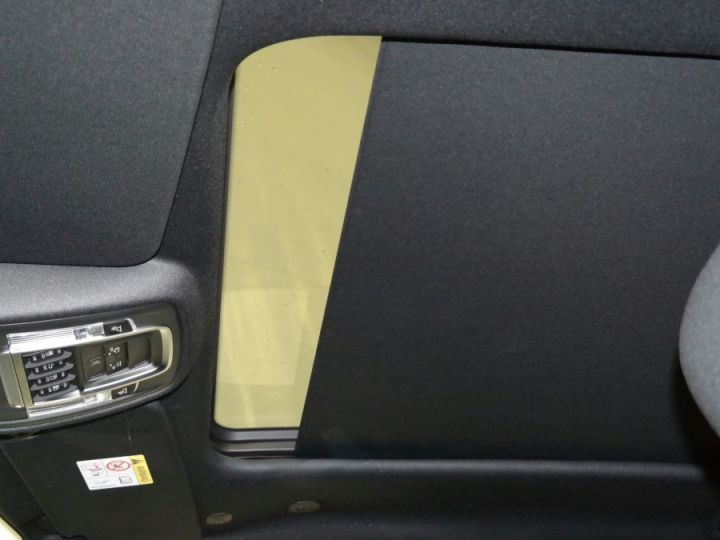 Dodge Ram Bighorn Crew cab 2019 Neuf Pas d'écotaxe / Pas de tvs Noir Neuf - 8