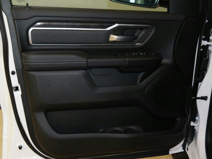 Dodge Ram BIGHORN CREW CAB PAS D'ECOTAXE/ PAS DE TVS/TVA RECUP Blanc Neuf - 9
