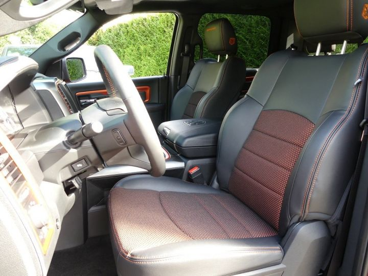 Dodge Ram Crew Cab Sport Edition Limitée COOPERHEAD Black Edition  4 places cooperhead  Occasion - 8