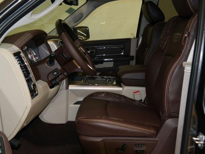 Dodge Ram Crew Longhorn Cgrise EG 4 Places CTTE/Plateau PAS TVS / PAS D'ECOTAXE Granite Métal Neuf - 10