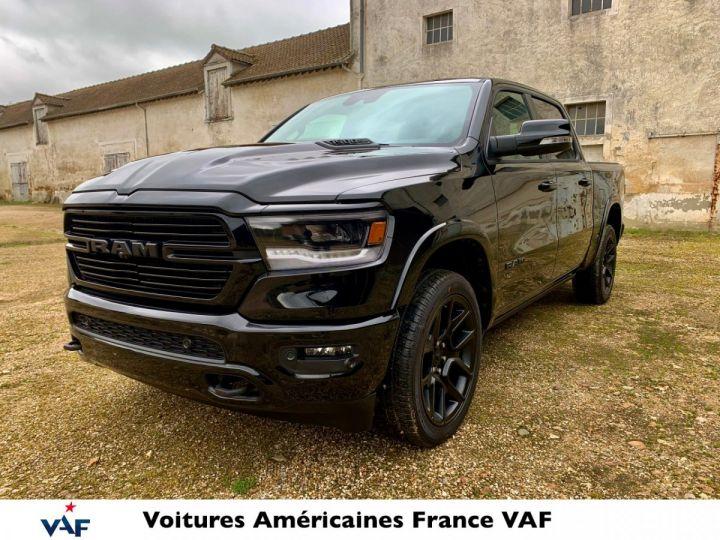 """Dodge Ram LARAMIE 2021 Night Edition - Multitailgate/Grand Écran 12""""- PAS D'ÉCOTAXE/PAS TVS/TVA RÉCUPÉRABLE EN STOCK Noir Metal / Pack Night Edition Neuf - 1"""