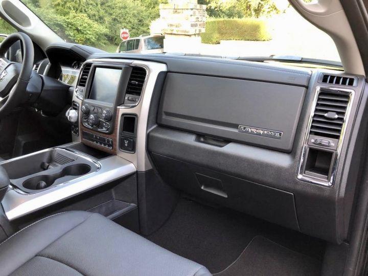 Dodge Ram LARAMIE CLASSIC CREW CAB Noir Vendu - 11