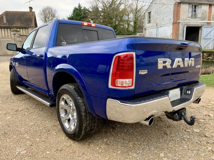 Dodge Ram LARAMIE CLASSIC CREW CAB Bleu Vendu - 5