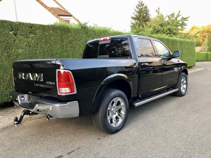 Dodge Ram LARAMIE CLASSIC CREW CAB NEUF 2019 Noir Neuf - 5