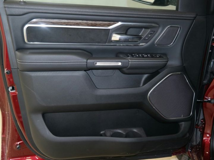 Dodge Ram LARAMIE CLASSIC CREW CAB PAS D'ECOTAXE/PAS DE TVS/TVA RECUPERABLE Rouge Delmoncio Neuf - 12