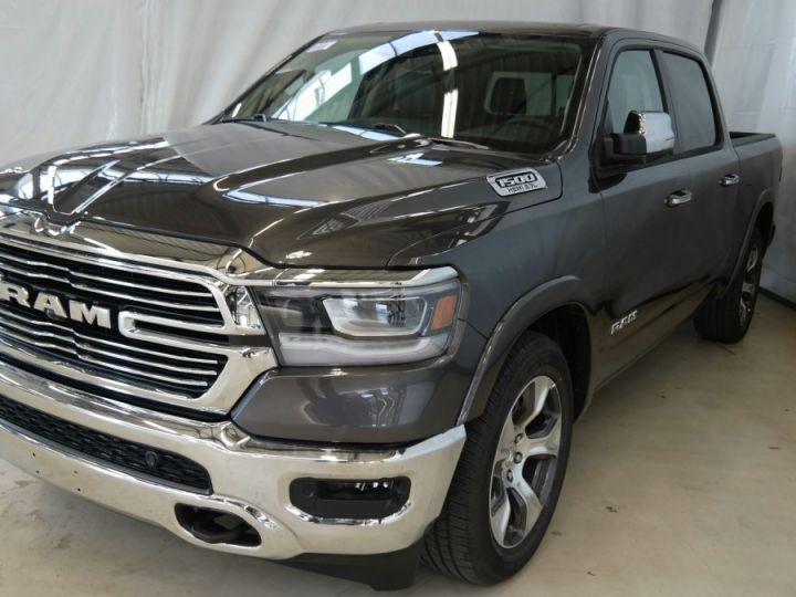 Dodge Ram LARAMIE CLASSIC CREW CAB PAS D'ECOTAXE/PAS DE TVS/TVA RECUPERABLE Granite Neuf - 1