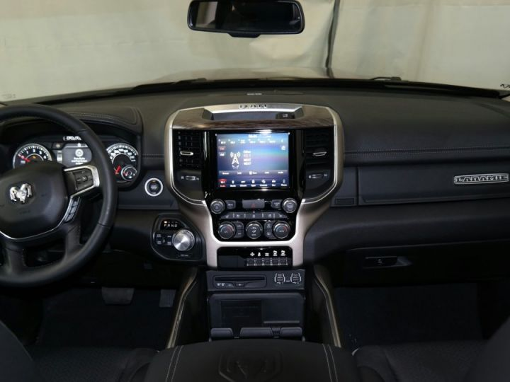 Dodge Ram Laramie Crew Cab Neuf pas d'ecotaxe/pas tvs Rouge Delmoncio Neuf - 9