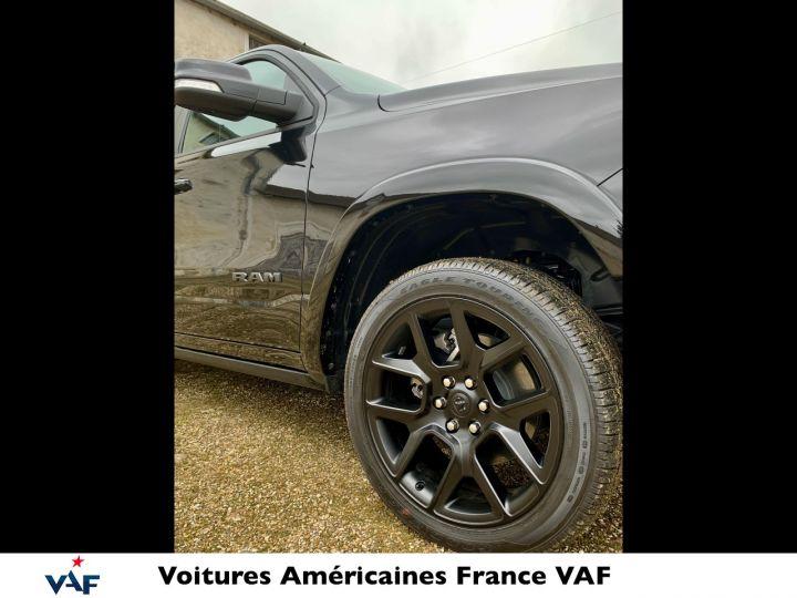 Dodge Ram LARAMIE NIGHT EDITION MULTITAILGATE/AFF TÊTE HAUTE 2022 NEUF - PAS D'ÉCOTAXE/PAS TVS/TVA RÉCUPÉRABLE Noir Neuf - 4