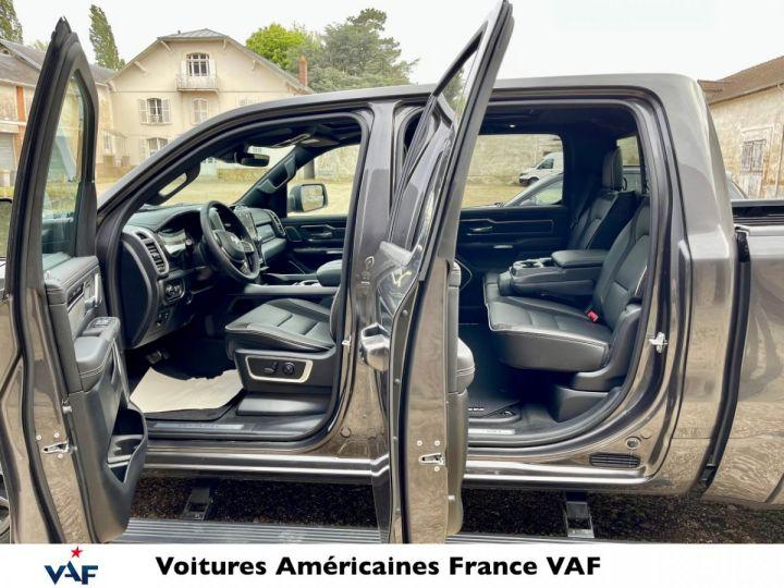 Dodge Ram LARAMIE NIGHT EDITION Suspension/Régulateur Adaptatif/Grand Écran - PAS D'ÉCOTAXE/PAS TVS/TVA RECUP Granit CRYSTAL / Pack Night Edition Neuf - 7