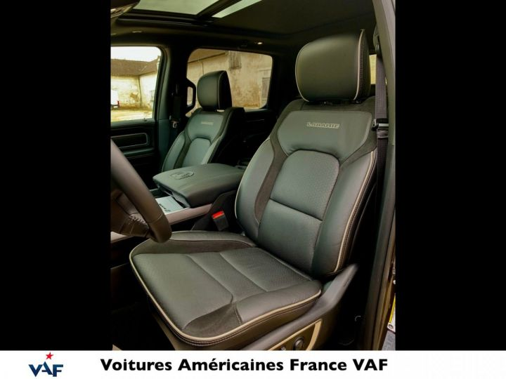 Dodge Ram LARAMIE NIGHT EDITION Suspension/Régulateur Adaptatif/Grand Écran - PAS D'ÉCOTAXE/PAS TVS/TVA RECUP EN STOCK Granit Crystal / Pack Night Edition Neuf - 11
