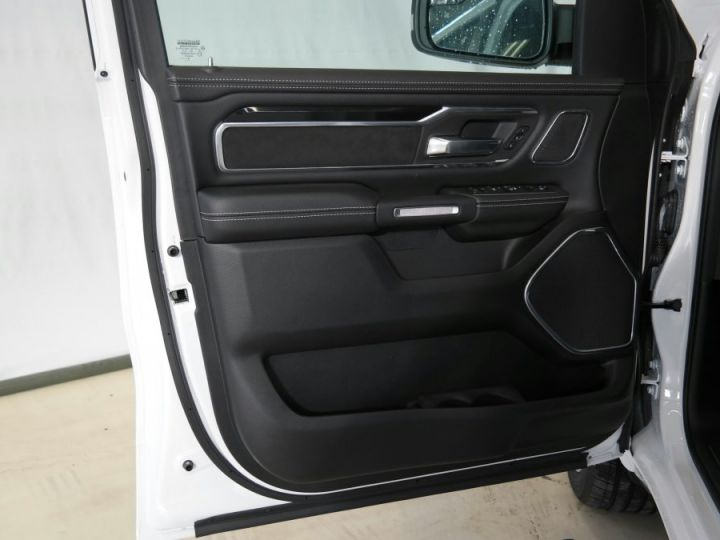 Dodge Ram LARAMIE SPORT CREW CAB PAS D'ECOTAXE/PAS DE TVS/TVA RECUPERABLE Blanc Neuf - 8