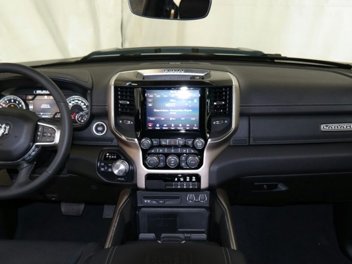 Dodge Ram LARAMIE SPORT CREW CAB PAS D'ECOTAXE/PAS DE TVS/TVA RECUPERABLE Blanc Neuf - 5