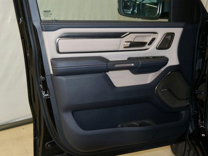 Dodge RAM Limited Couche nacrée cristal noir éti Neuf - 12
