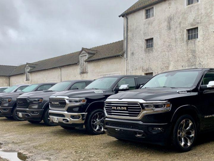 Dodge Ram Limited 2021 Crew E-Torque / Cuir Beige / Tailgate / Rambox - PAS D'ÉCOTAXE/PAS TVS/TVA RECUP Noir métal Neuf - 12