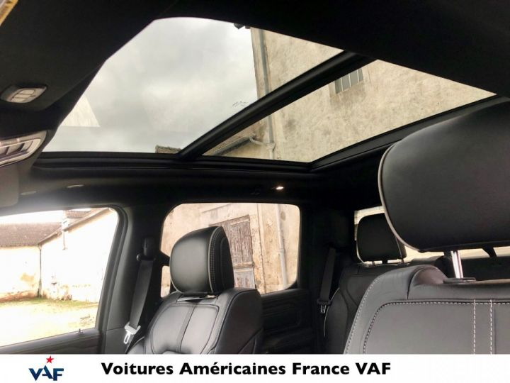 Dodge Ram LIMITED 2021 NIGHT EDITION MULTITAILGATE - PAS D'ÉCOTAXE/PAS TVS/TVA RECUP EN STOCK Ivory Métal / Pack Night Edition Neuf - 10