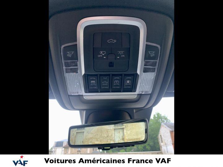 """Dodge Ram LIMITED AFFICH.TÊTE HAUTE/SUSPENSION/ECRAN 12"""" 2021 - PAS D'ÉCOTAXE/PAS TVS/TVA RÉCUPÉRABLE Billet Silver Bodycolor Vendu - 12"""