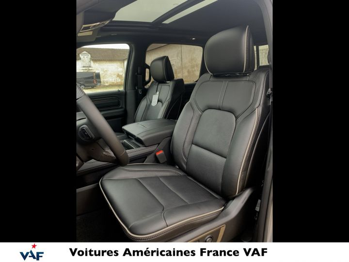 """Dodge Ram LIMITED AFFICH.TÊTE HAUTE/SUSPENSION/ECRAN 12"""" 2021 - PAS D'ÉCOTAXE/PAS TVS/TVA RÉCUPÉRABLE Billet Silver Bodycolor Neuf - 13"""
