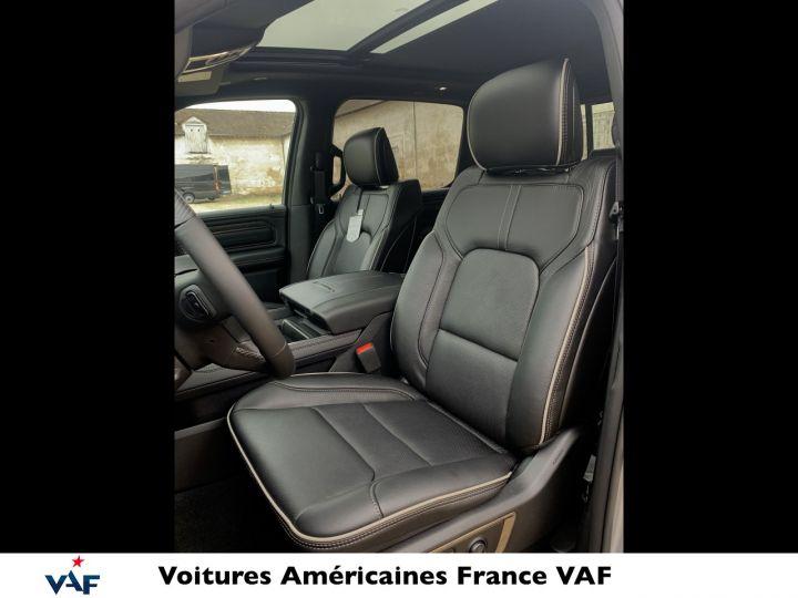 """Dodge Ram LIMITED AFFICH.TÊTE HAUTE/SUSPENSION/ECRAN 12"""" 2021 - PAS D'ÉCOTAXE/PAS TVS/TVA RÉCUPÉRABLE Billet Silver Bodycolor Vendu - 13"""