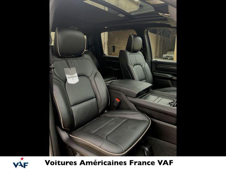 """Dodge Ram LIMITED AFFICH.TÊTE HAUTE/SUSPENSION/ECRAN 12"""" 2021 - PAS D'ÉCOTAXE/PAS TVS/TVA RÉCUPÉRABLE Billet Silver Bodycolor Vendu - 14"""
