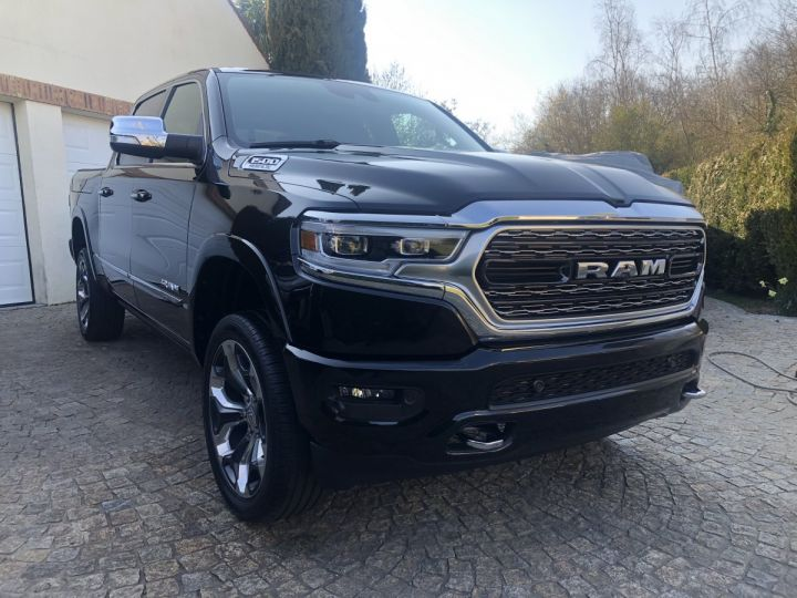 Dodge Ram LIMITED Full options + Rambox PAS ECOTAXE /PAS DE TVS/TVA RECUPERABLE NOIR Neuf - 1