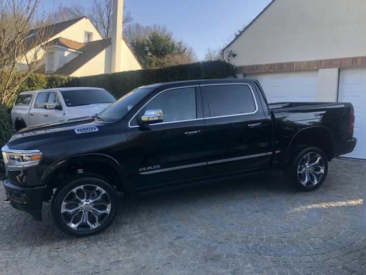 Dodge Ram LIMITED Full options + Rambox PAS ECOTAXE /PAS DE TVS/TVA RECUPERABLE NOIR Neuf - 2