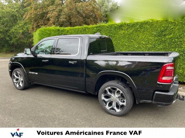 """Dodge Ram LONGHORN 2021 Crew Cab - tech pack/suspension/ecran 12"""" - PAS D'ÉCOTAXE/PAS TVS/TVA RÉCUPÉRABLE Noir Métal Neuf - 2"""