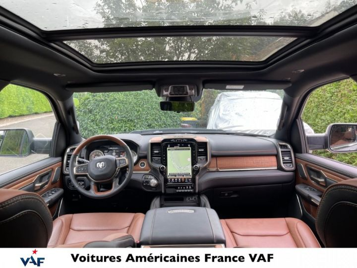 """Dodge Ram LONGHORN 2021 Crew Cab - tech pack/suspension/ecran 12"""" - PAS D'ÉCOTAXE/PAS TVS/TVA RÉCUPÉRABLE Noir Métal Neuf - 6"""