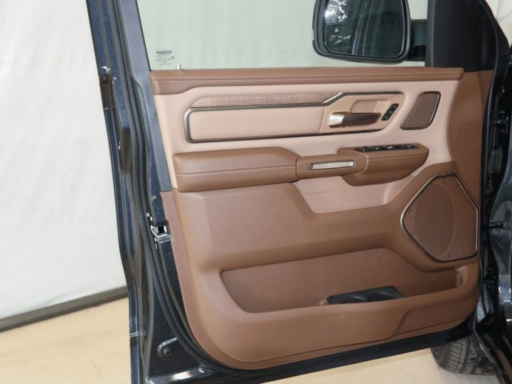 Dodge Ram LONGHORN CREW CAB ALP + Grand écran PAS D'ECOTAXE/PAS DE TVS/TVA RECUPERABLE Acier intense Neuf - 13