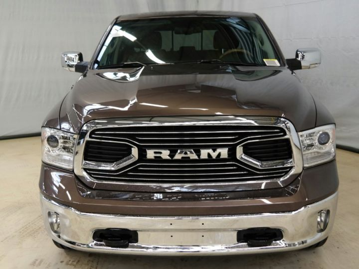 Dodge RAM RAM CREW LONGHORN SUSPENSION ACTIVE 2018 WALNUT/MARRON Neuf - 2