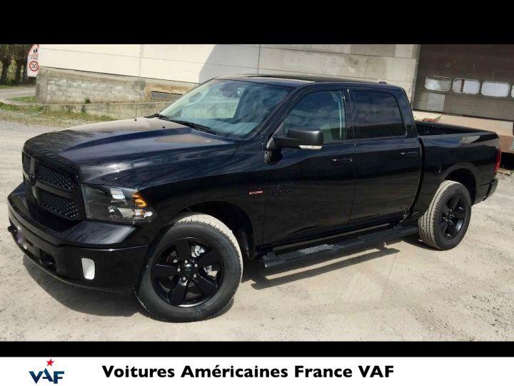 Dodge Ram SLT CLASSIC CREW CAB BLACK EDITION NEUF - PAS D'ÉCOTAXE/PAS TVS/TVA RÉCUPÉRABLE Noir Neuf - 3