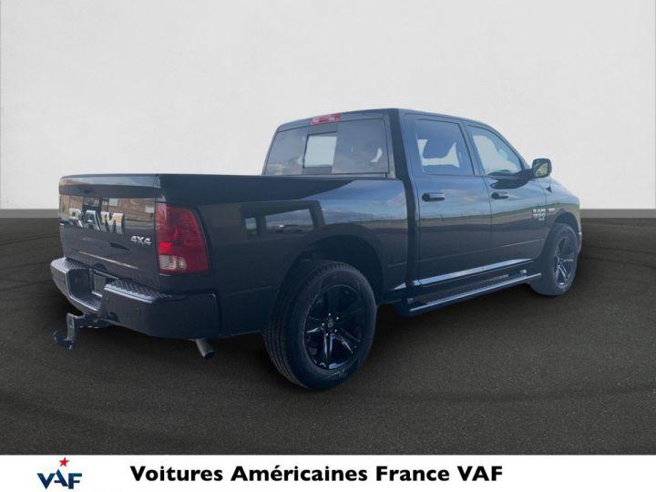 Dodge Ram SLT CLASSIC CREW CAB BLACK EDITION PAS d'ÉCOTAX/PAS TVS/TVA RECUP Noir + PACK BLACKEDITION Vendu - 4