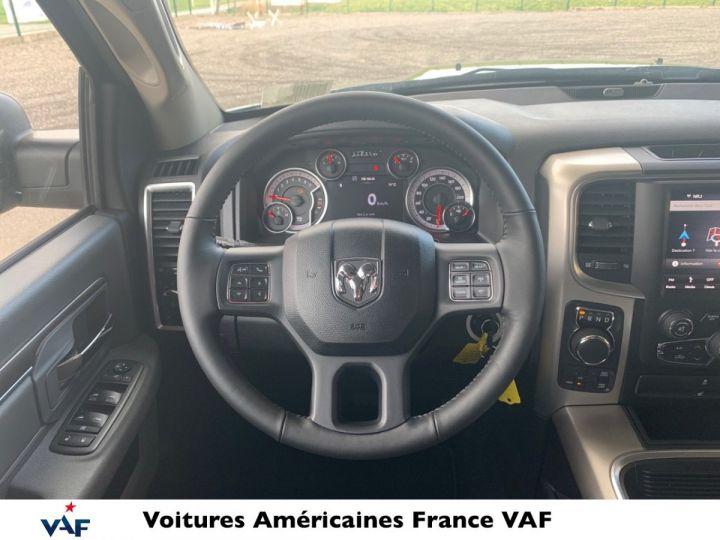 Dodge Ram SLT CLASSIC CREW CAB BLACK EDITION PAS d'ÉCOTAX/PAS TVS/TVA RECUP Noir + PACK BLACKEDITION Vendu - 9