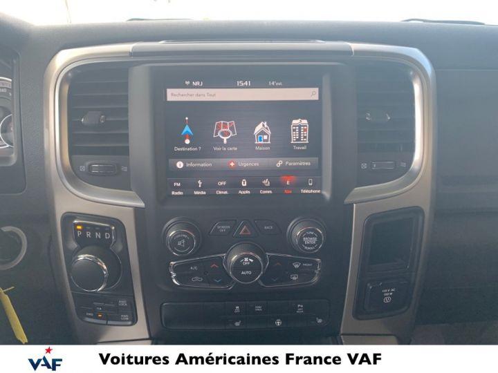 Dodge Ram SLT CLASSIC CREW CAB BLACK EDITION PAS d'ÉCOTAX/PAS TVS/TVA RECUP Noir + PACK BLACKEDITION Vendu - 11