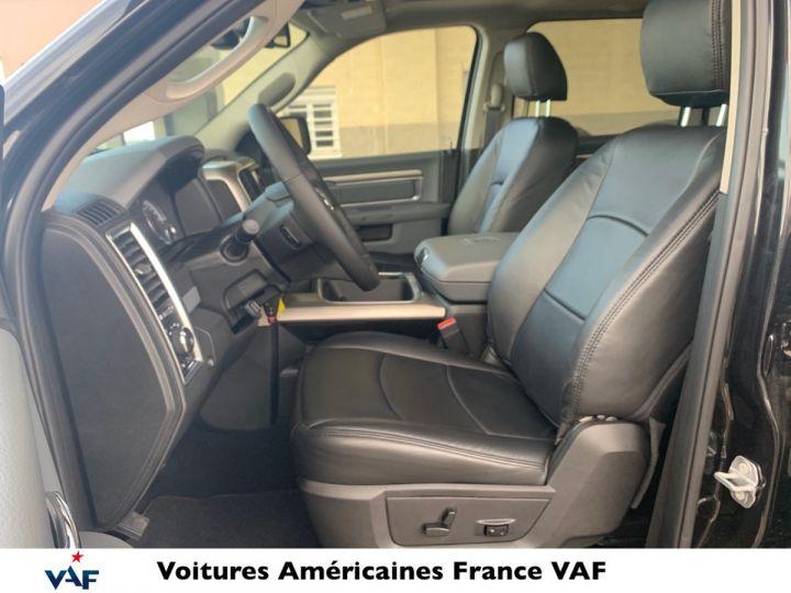 Dodge Ram SLT CLASSIC CREW CAB BLACK EDITION PAS d'ÉCOTAX/PAS TVS/TVA RECUP Noir + PACK BLACKEDITION Vendu - 12