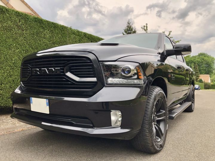Dodge Ram SPORT 2018 Black Edition RAMBOX/GPL/SUSPENSION - PAS TVS/PAS D'ÉCOTAXE/TVA RECUP Noir Métal Vendu - 1
