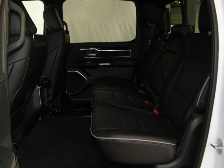 Dodge Ram Sport Crew Cab 2019 Neuf Pas d'écotaxe / Pas de tvs Blanc Neuf - 7