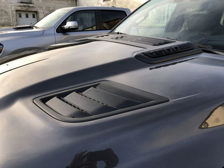 Dodge Ram SPORT NIGHT EDITION 2021 - RAMBOX/TAILGATE - PAS D'ÉCOTAXE/TVS/TVA RECUP Black / Pack Night Edition Neuf - 5