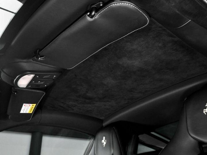 Ferrari 458 Italia SPECIAL rouge - 9
