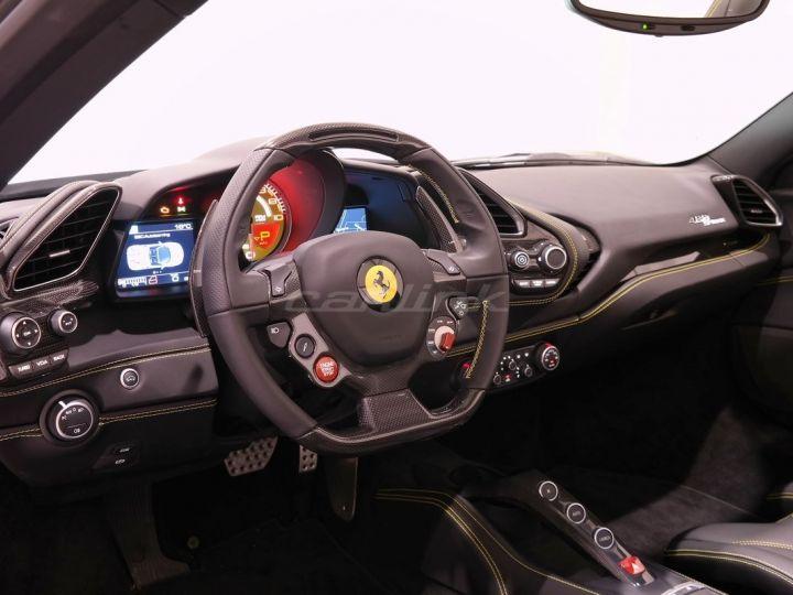 Ferrari 458 Italia Spider  - 5