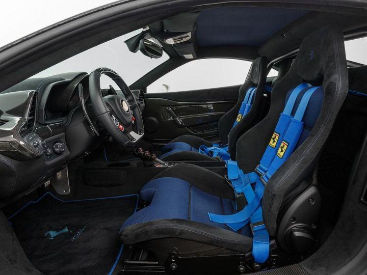 Ferrari 458 SPECIAL rouge - 8