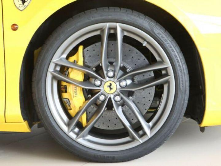 Ferrari 488 GTB Giallo Modena - 18