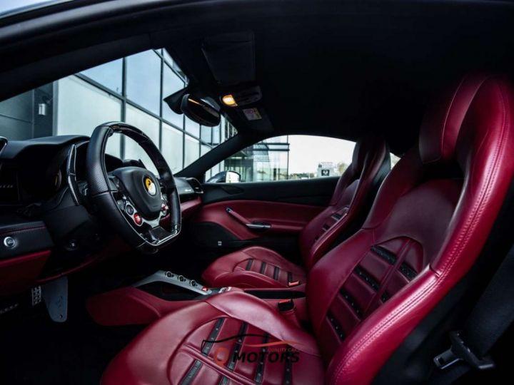 Ferrari 488 GTB 488 GTB V8 3.9 T 670ch Pack Carbon JBL Camera Garantie 12 Mois Clés en Main Gris Foncé - 2