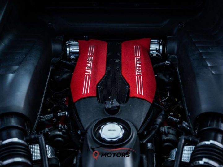 Ferrari 488 GTB 488 GTB V8 3.9 T 670ch Pack Carbon JBL Camera Garantie 12 Mois Clés en Main Gris Foncé - 10