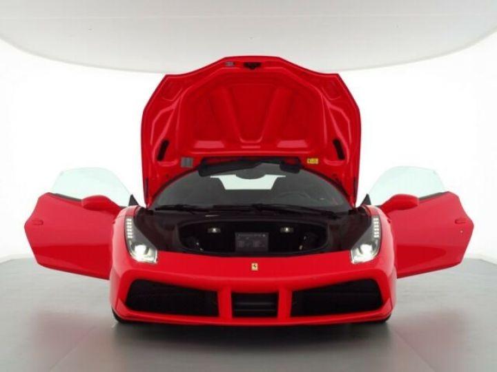 Ferrari 488 GTB V8 3.9 bi-turbo Rosso Scuderia - 8