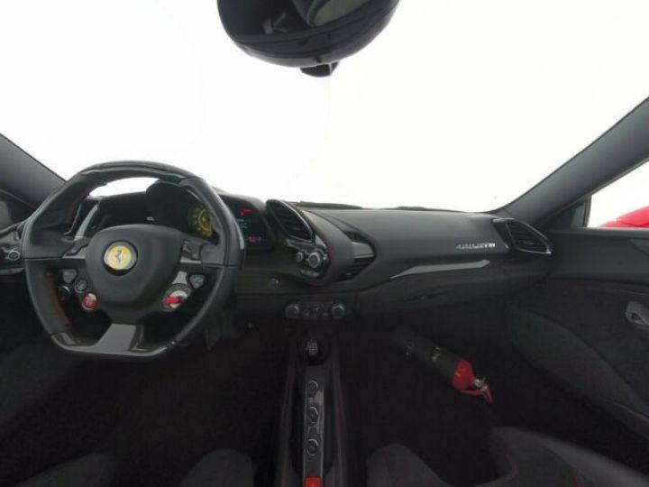 Ferrari 488 GTB V8 3.9 bi-turbo Rosso Scuderia - 11
